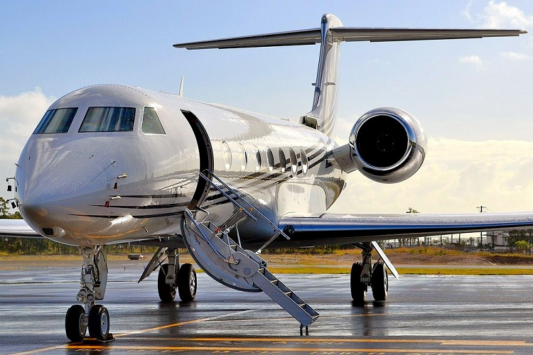 Aircraft Dealer USA | Aircraft Registration USA | Aircraft and Helicopter Sales USA | AIC JETS Corporation offers for sale, purchase and lease commercial and executive aircrafts for sale in USA, Europe, UAE, Hong Kong and Australia. Aircraft registration in USA and offshore zone